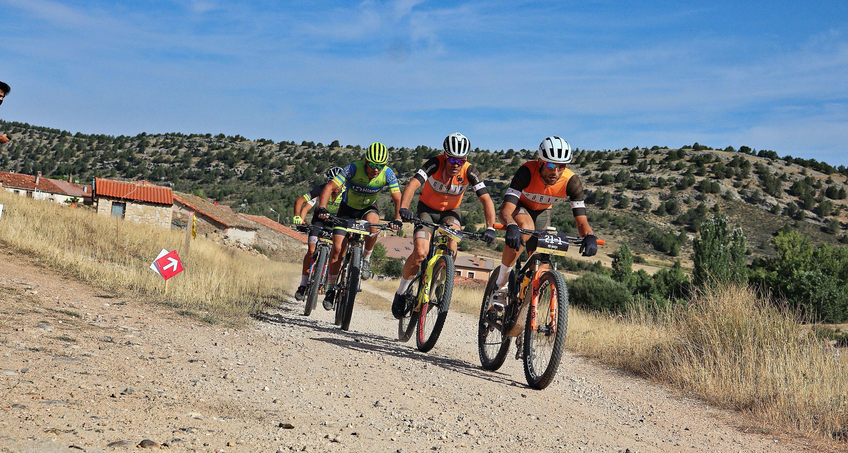 Consulta la Guía del Participante de Colina Triste UCI S1